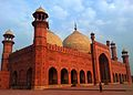 Mosque at Lahore Fort.jpg