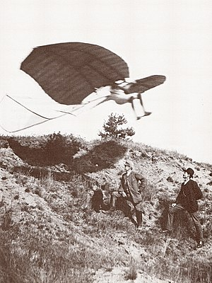 Derwitzer Glider - Derwitzer Glider in flight with Lilienthal as pilot, 1891