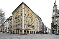 Muemarienplatz1042018c85.jpg