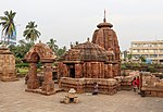 Mukteswar temple with its minar shrines but excluding the Murich Kunda.