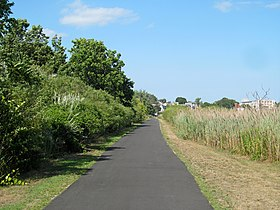 Neponset Trail east of Shawmut underpass in August 2016.JPG