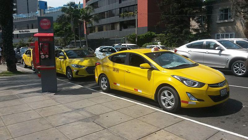 Táxi em Lima
