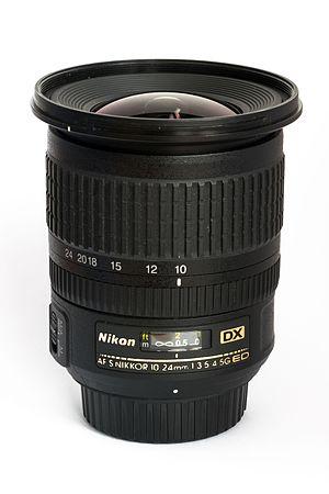 Nikon AF-S DX Zoom-Nikkor 10-24mm f/3.5-4.5G ED - Image: Nikon 10 24mm