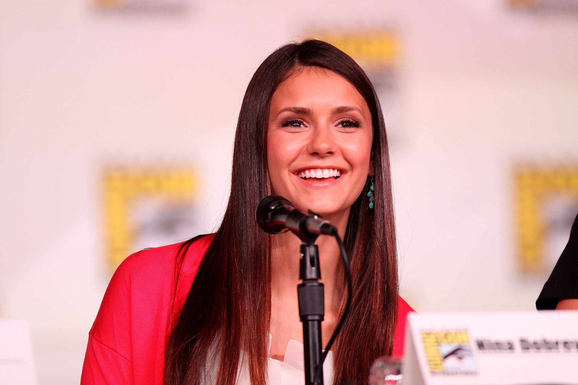 Nina dobrev the vampire diaries s05e16 2014 - 2 2