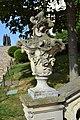 Nitra - Nitriansky hrad - váza na schodisku.jpg