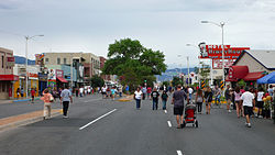 Street fair in Nob Hill, 2010