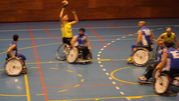 Archivo:ONCE v Burgos, Madrid, December 14, 2013 Video 04.ogv