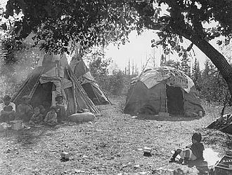 Wigwam - Dakota-style tipis and Ojibwe wigwam, White Earth, Minnesota, 1928