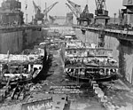 Omaha-class cruisers being scrapped at the Philadelphia Naval Shipyard, 8 February 1946 (HAER PA,51-PHILA,709D-21).jpg