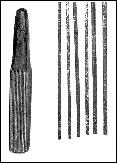 PSM V39 D812 Cloth beating club and cloth pattern sticks from Hawaii.jpg