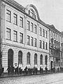 Państwowa Szkoła Handlowa Męska im. J. i M. Roeslerów w Warszawie ul. Chłodna 33.jpg