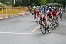 Panam Games 2015 Women's Road Race (Lap 3-4) (19817976990).jpg