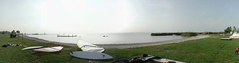 File:Panorama-Podersdorf.jpg
