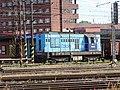 Pardubice hlavní nádraží, od ulice K Vápence, lokomotiva 742 ČDC.jpg