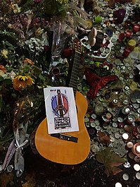 Paris Bataclan Never forget (22551486134).jpg