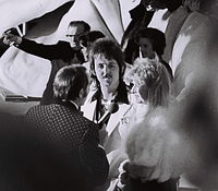 Paul and Linda McCartney at the 1974 Academy Awards.