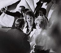 Paul and Linda McCartney at the 1974 Academy Awards.
