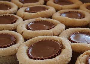 Peanut butter blossoms closeup.
