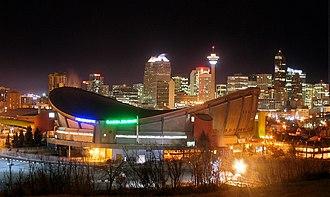 Ice hockey arena - Image: Pengrowth Saddledome Night
