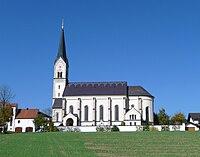 Pfarrkirche Halsbach.JPG