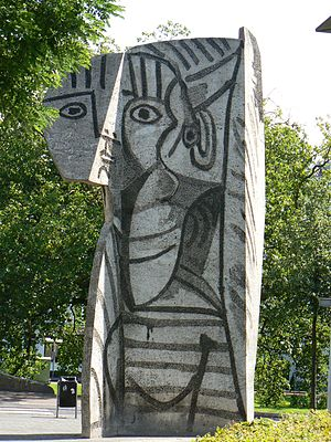 """sculpture """"Sylvette"""" by Pablo Picass..."""