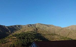 Sierra de Gata - 1,456 m high La Corredera peak seen from Huetre.