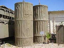 חומרי גלם ממלחמת יום כיפור 250px-PikiWiki_Israel_8986_cyliders_bridge_from_the_yom_kippur_war