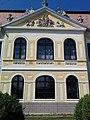 Plášťovce-manor-front.jpg