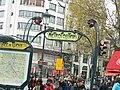 Place de Clichy (Paris Metro) 2012-11.jpg