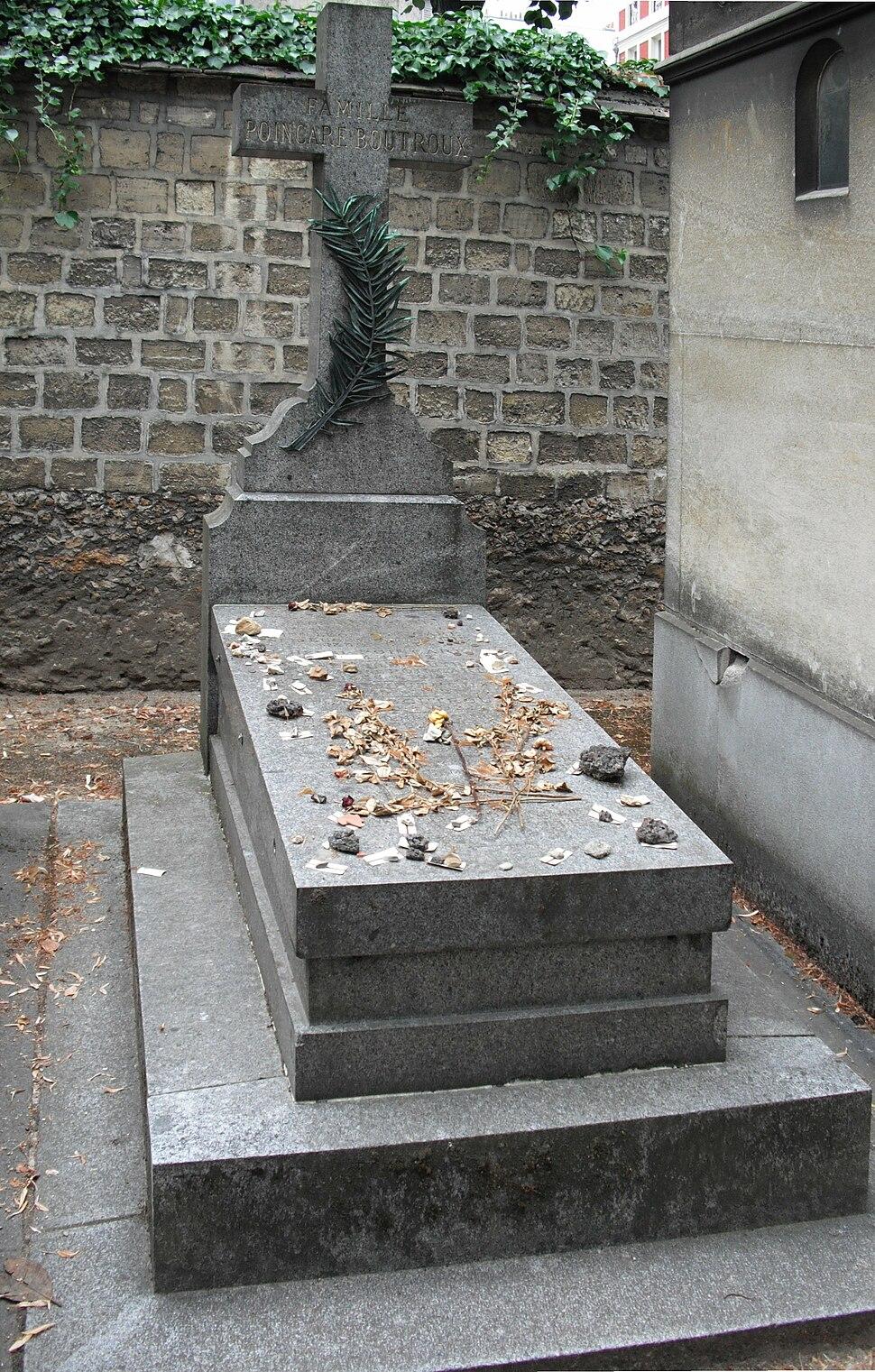 Poincar%C3%A9 gravestone