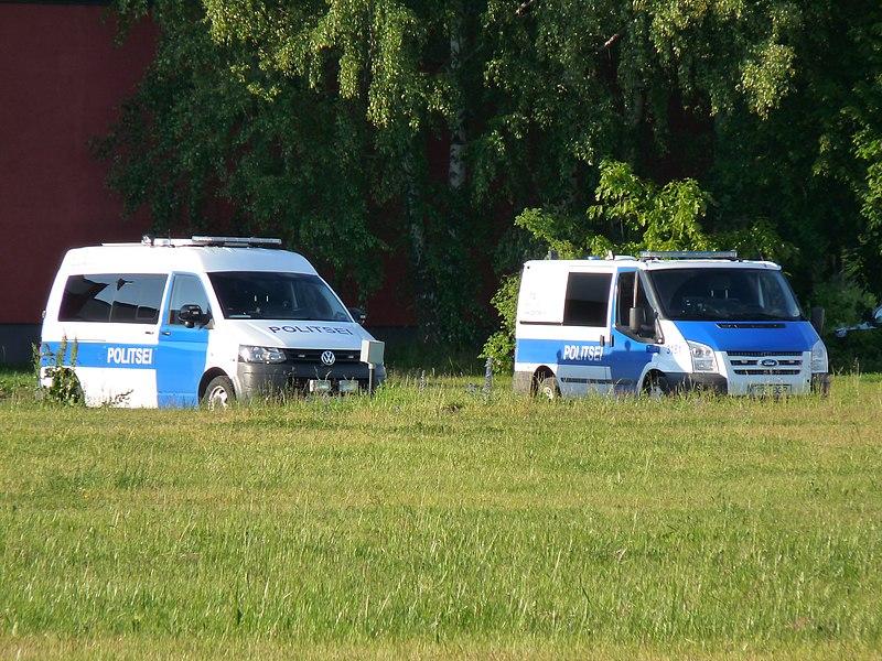 File:Police automobiles in Maarjamäe.JPG