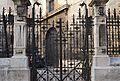 Porta de la tanca posterior del col·legi del Patriarca de València.JPG