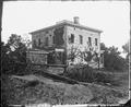 Potter House, Atlanta, Ga., showing effects of bombardment, 1864. - NARA - 528869.tif