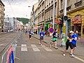 Pražský maraton, Ostrovského - Nádražní, běžci.jpg