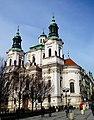 Prag – Nikolauskirche am Altstädter Ring - Chrám Svatého Mikuláše, Staroměstské náměstí - panoramio.jpg