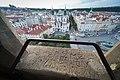 Praha, Staroměstské náměstí z věže radnice - panoramio.jpg