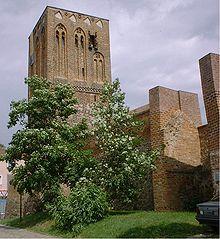 Prenzlau Stadtmauer.jpg