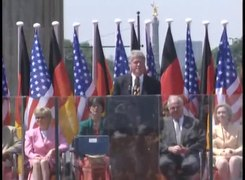 Податотека:President Clinton's Remarks at the Brandenburg Gate in Berlin.webm