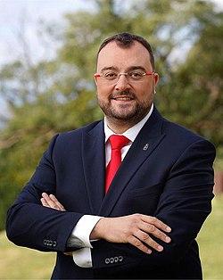 Presidente Adrián Barbón.jpg