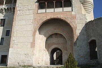 PuertaMudejarCastillo.jpg
