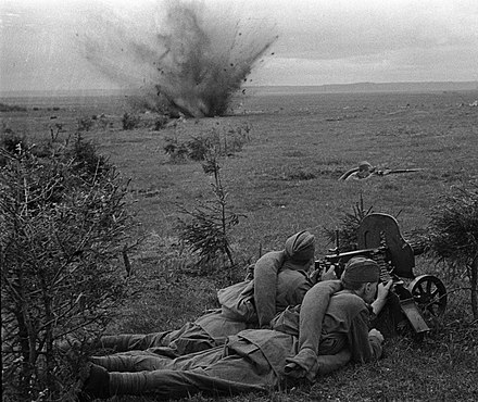 Soviet soldiers of the Western Front's 20th Army fighting on the Dnieper bank to the west of Dorogobuzh. RIAN archive 76 On the battlefield.jpg