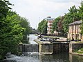 Regents Canal and Lock looking from Goldsmith's Row, Hackney, London - geograph.org.uk - 948864.jpg