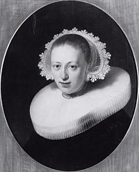 Rembrandt - Portrait of a Woman in Millstone Collar and Diadem Cap.jpg