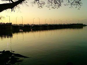 Calabozo - Image: Represaatardecer