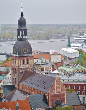 Riga Cathedral - Image: Riga Petrikirche Blick vom Turm zum Dom 3