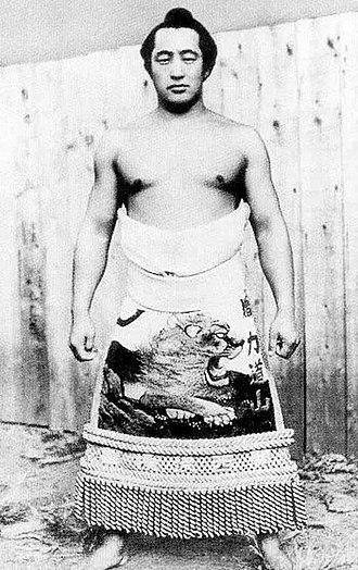 Rikidōzan - Rikidōzan in 1949, in traditional sumo kesho-mawashi