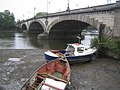 River Thames, Kew Bridge - geograph.org.uk - 537849.jpg