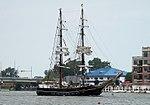 Roald Amundsen arriving in Bay City 2010.jpg