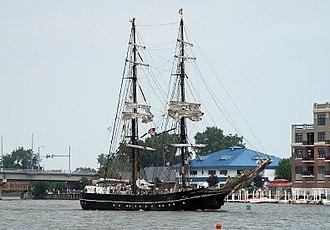 Roald Amundsen (ship) - Roald Amundsen arriving in Bay City, Michigan in 2010