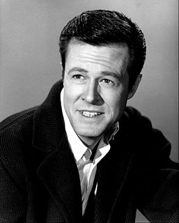 Robert Culp American actor, scriptwriter